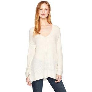 NWT Halston Heritage Cream V-Neck Sweater